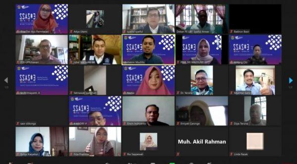 Peserta webinar Sharing Session Alumni Series Program Doktor Ilmu Ekonomi FEB-UNHAS